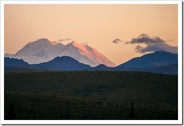 2575_Denali National Park-Alaska-USA_Canon EOS 5D Mark II, 200 mm, 1-160 sec at f - 4.0, ISO 400