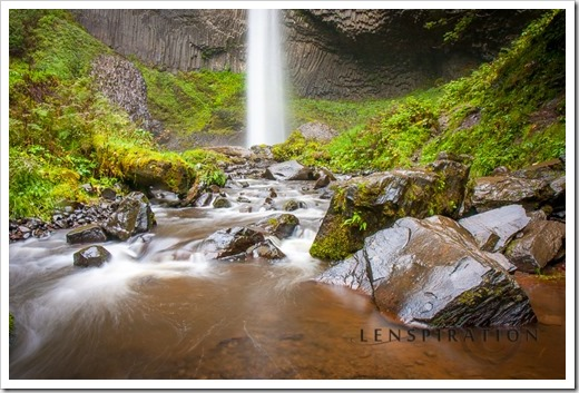 9328_Portland-Oregon-USA_Canon EOS 40D, 17 mm, 2.0 sec at f - 14, ISO 100