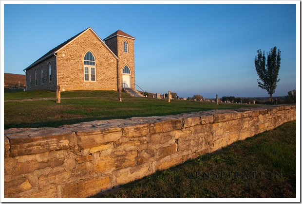 2413_Maple Hill-Kansas-USA_Canon EOS 5D Mark II, 24 mm, 1-20 sec at f - 16, ISO 200