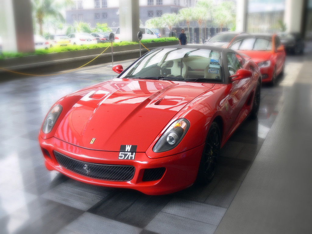Reply To: Ferrari 599 GTO