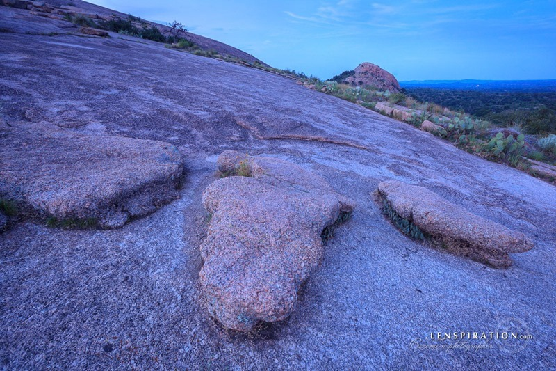 170801-JAS-2002_Enchanted Rock, Texas, USA_Canon EOS 5D Mark II 19 mm 30.0 sec at f - 11 ISO 200