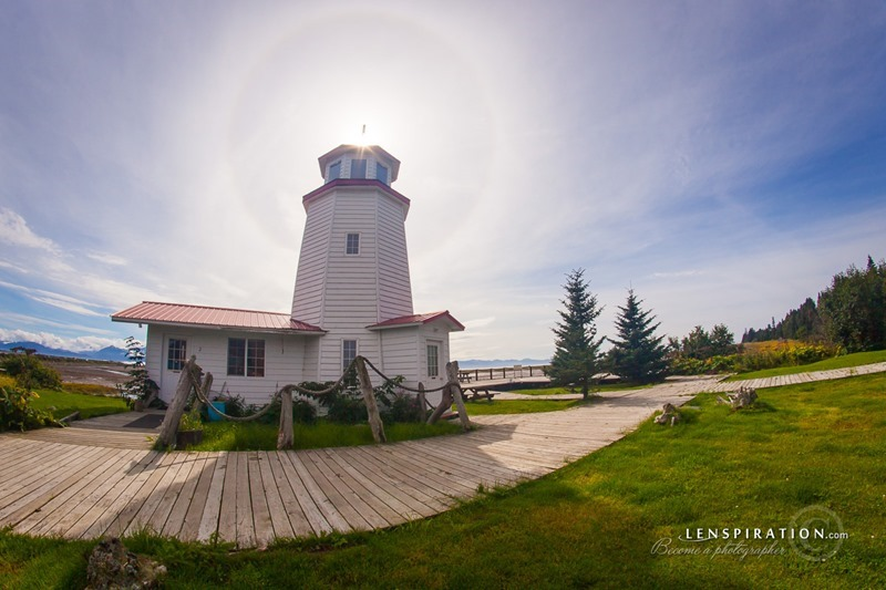 130830-JAS-3048_Homer Spit Lighthouse, Alaska, USA_Canon EOS 5D Mark II 50 mm 1-200 sec ISO 100